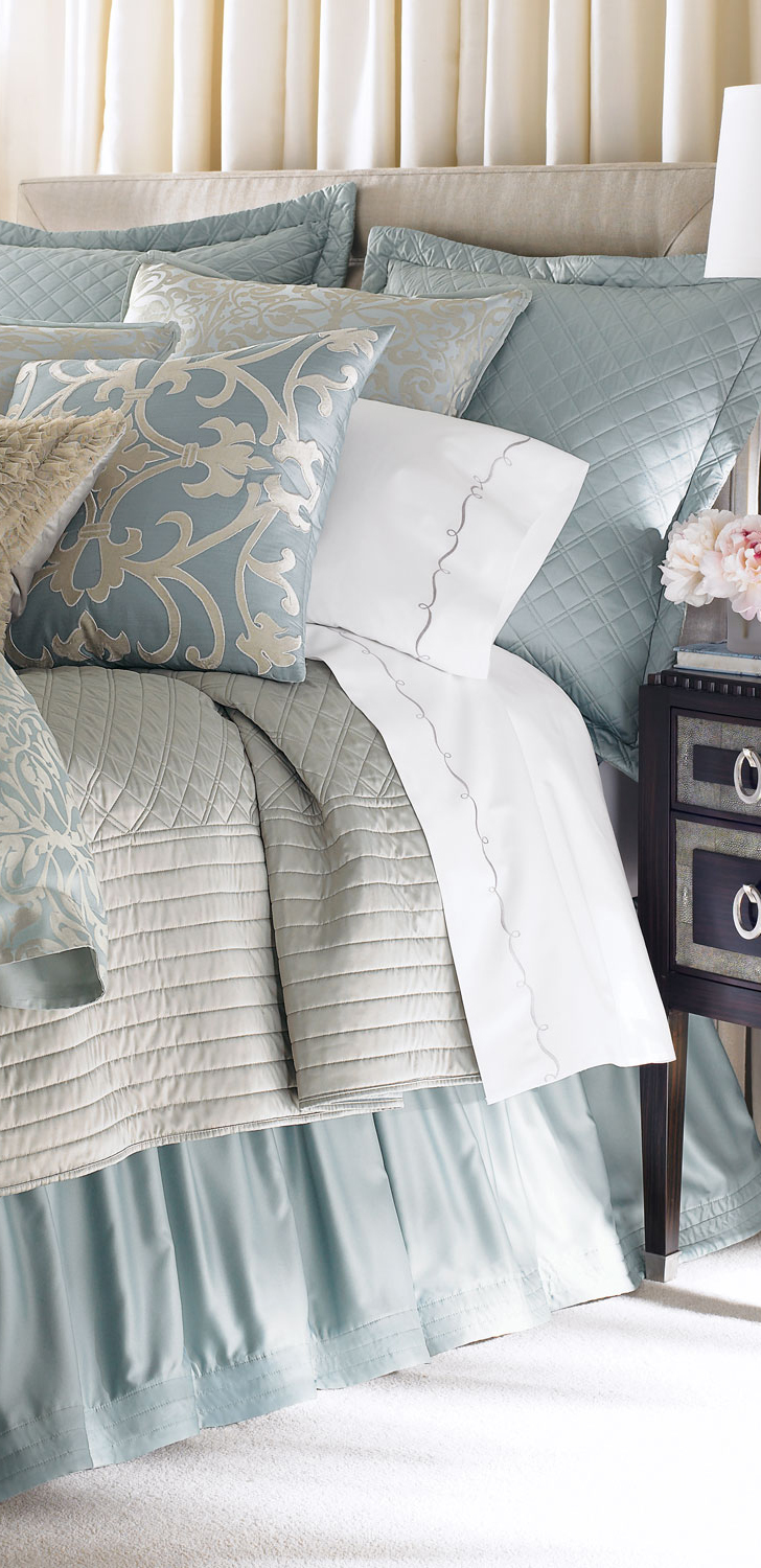 Gorgeous bedroom designs for Beautiful bedspreads