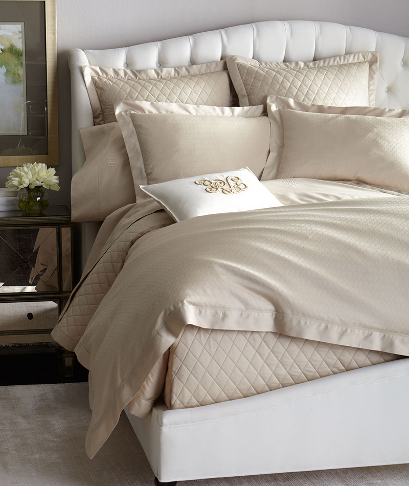 Scalloped Edge Bed Sheets